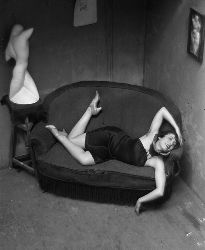 Satirische Tänzerin, 1926 | Silbergelatine-Abzug, Gedruckt in den 1950er Jahren, Bibliothèque nationale de France