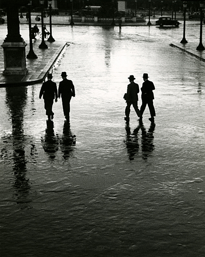 André Kertész, Concorde-Platz, Paris, 1928
