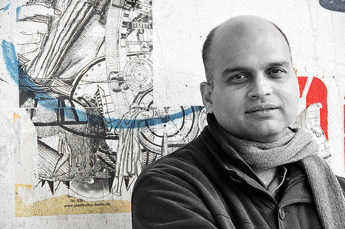 Porträt-Aravind-Adiga-2