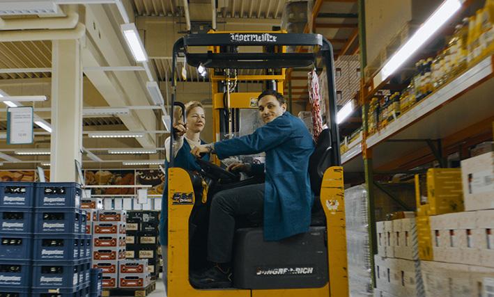 IN DEN GÄNGEN (R: Thomas Stuber); v.l.: Sandra Hüller und Franz Rogowski © Sommerhaus Filmproduktion / Anke Neugebauer