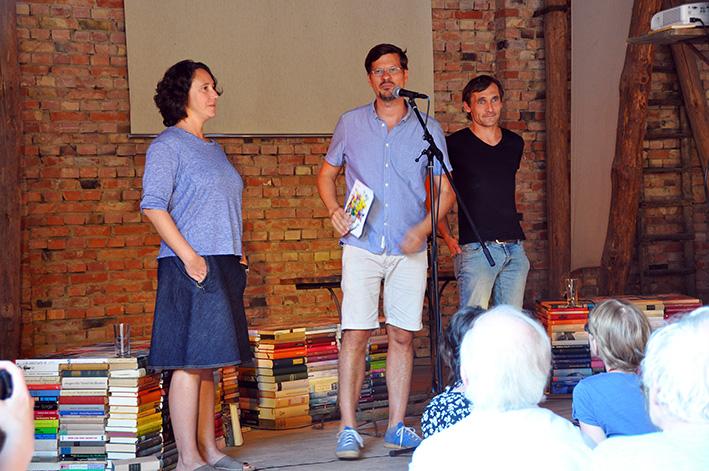 Die Organisatoren vom Wortgarten 2015: Lucy Fricke, Alexander Gumz und Nils Graf | Foto: Thomas Hummitzsch